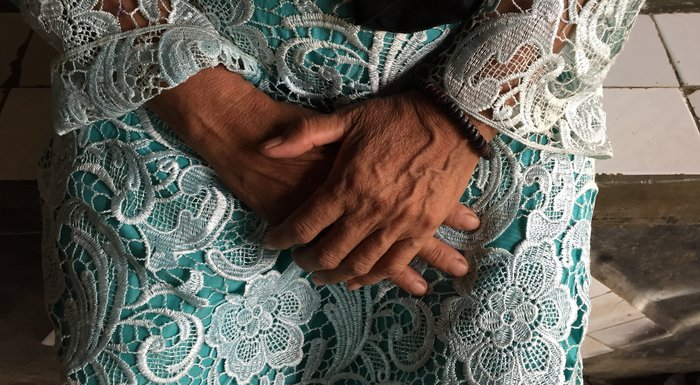 Sarmanah's hands