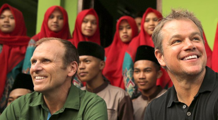 Water.org Co-founders Matt Damon and Gary White in India
